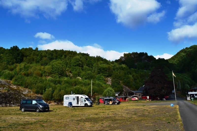 Kampeerplaatsen Bakkaano Camping & Gjestegard