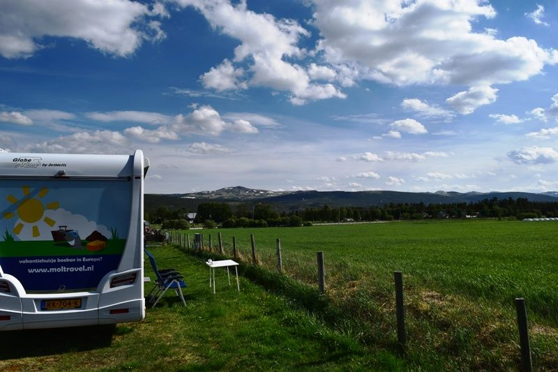 Grimsbu Turistsenter kampeerplaats en uitzicht