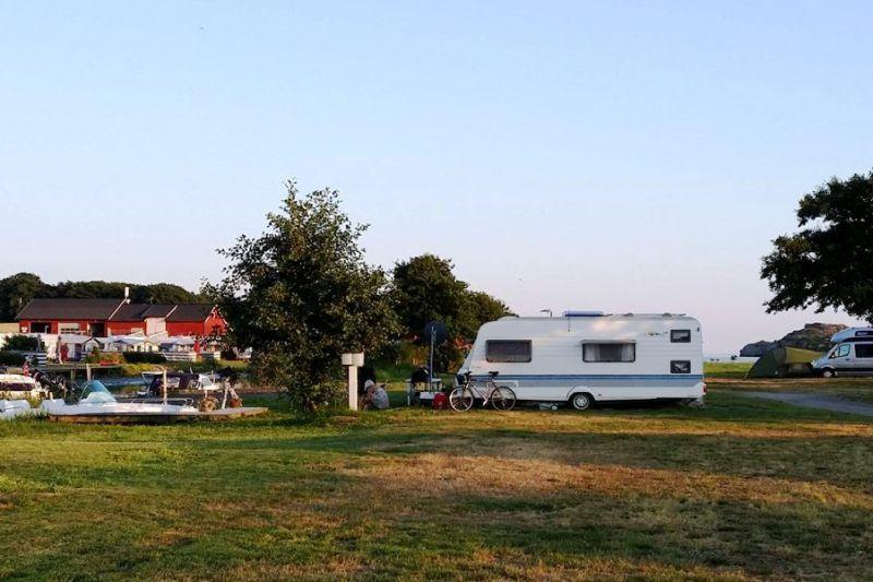 Guslandstranda Camping kampeerplaatsen