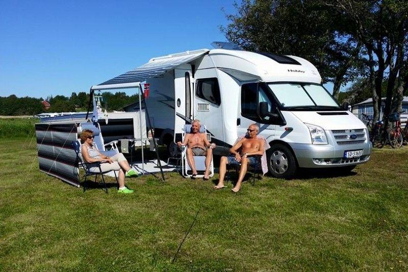 Guslandstranda Camping camperplaats