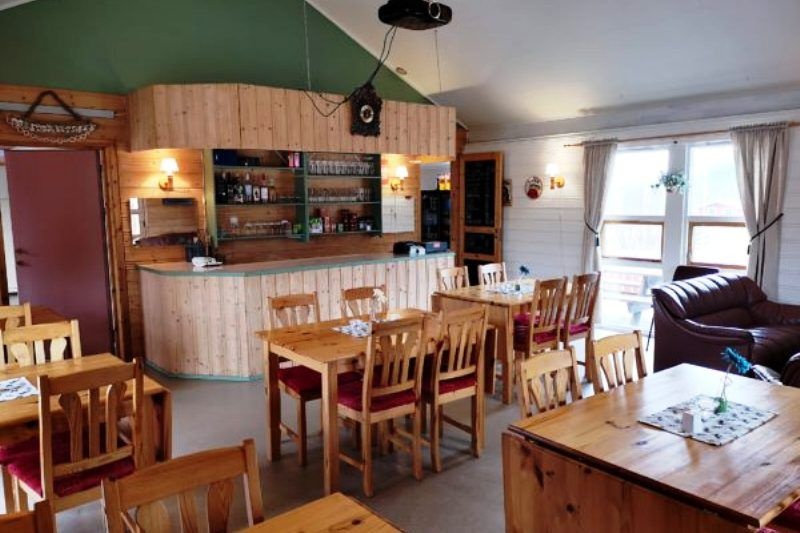 Holm Camping Bindalseidet pub terras cafe