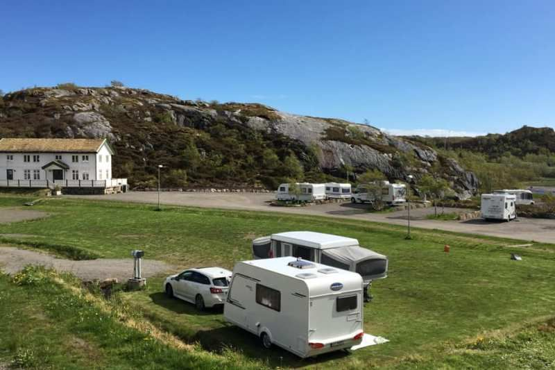 Kabelvag Feriehus & Camping kampeerplaatsen
