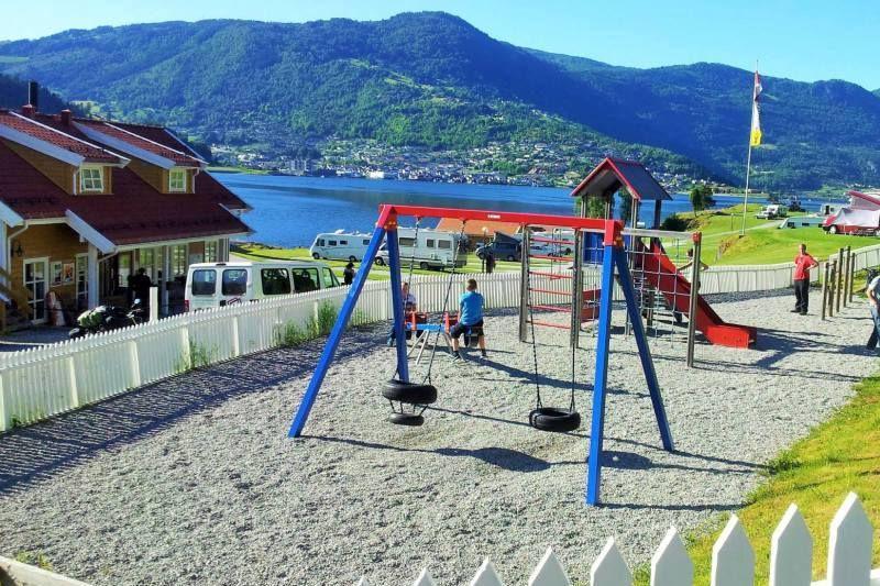 Kjornes Camping Sogndal speeltuin
