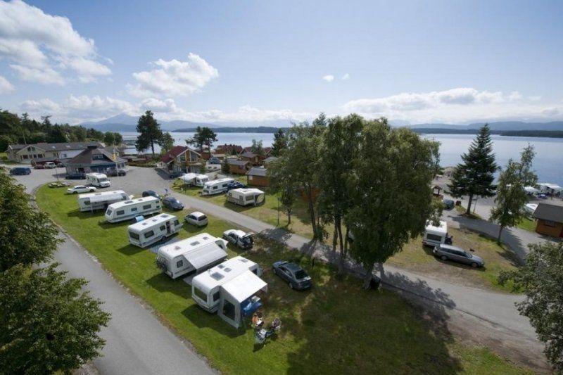 Kviltorp Camping ligging aan het fjord