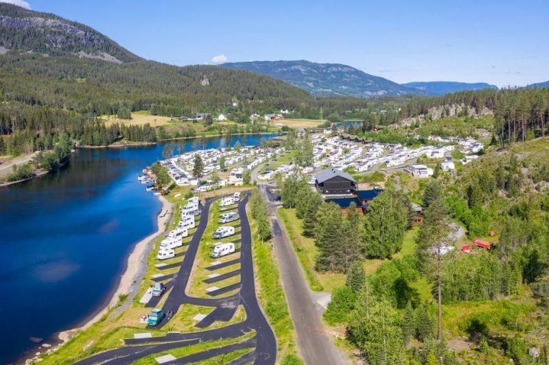 PlusCamp Aurdal Fjordcamping plaats aan het water