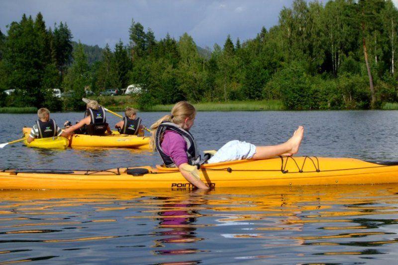 Telemark Kanalcamping kayak en kanovaren