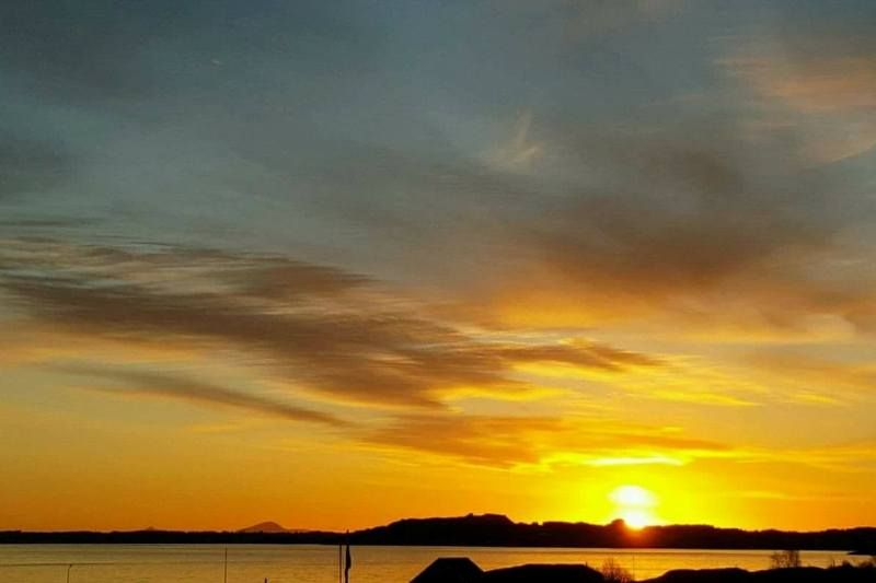 Tornes Fjordcamping ondergaande zon