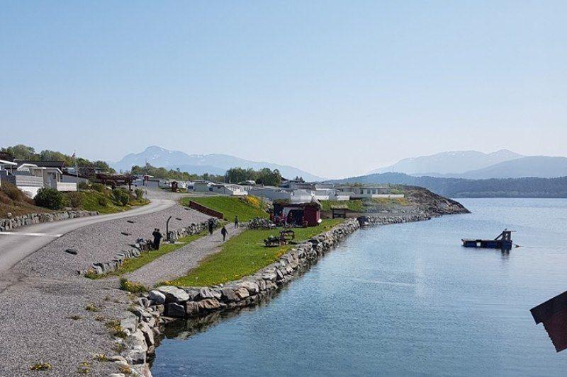 Tornes Fjordcamping tentplaatsen