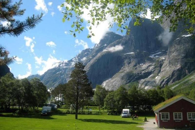 Trollveggen Camping Andalsnes Ligging