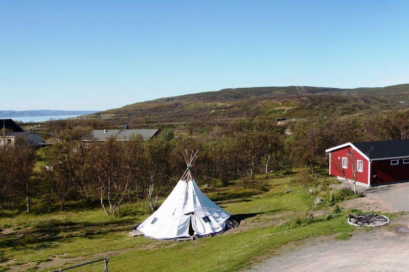 Vestre Jakobselv Camping ligging en uitzicht